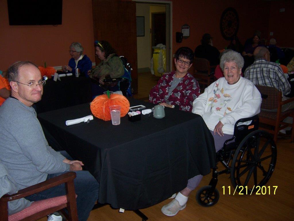 Family-Thanksgiving-Dinner-8